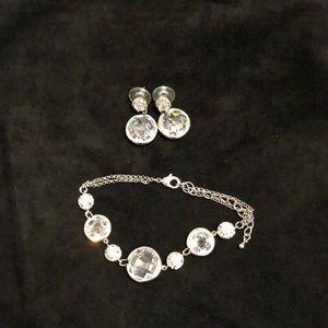 Crystal bracelet and earrings.